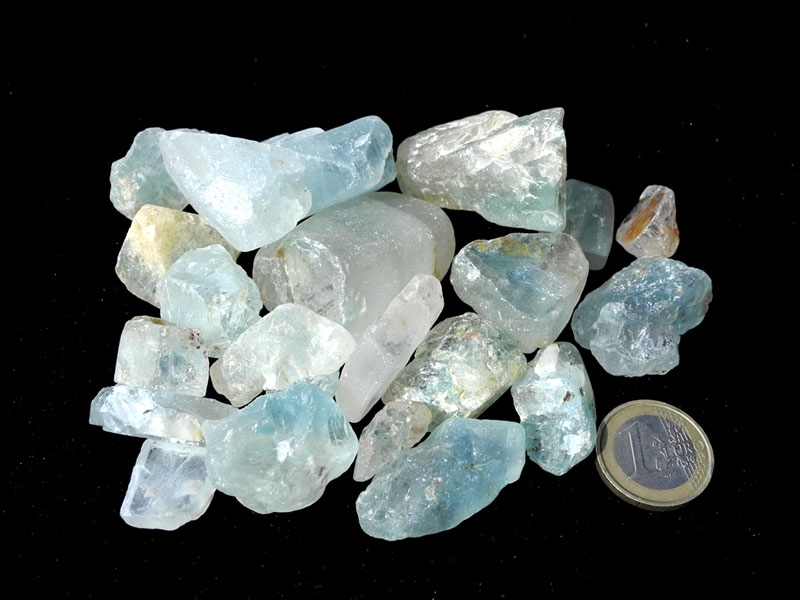 Blue Topaz Rough Stone   8 Ounces